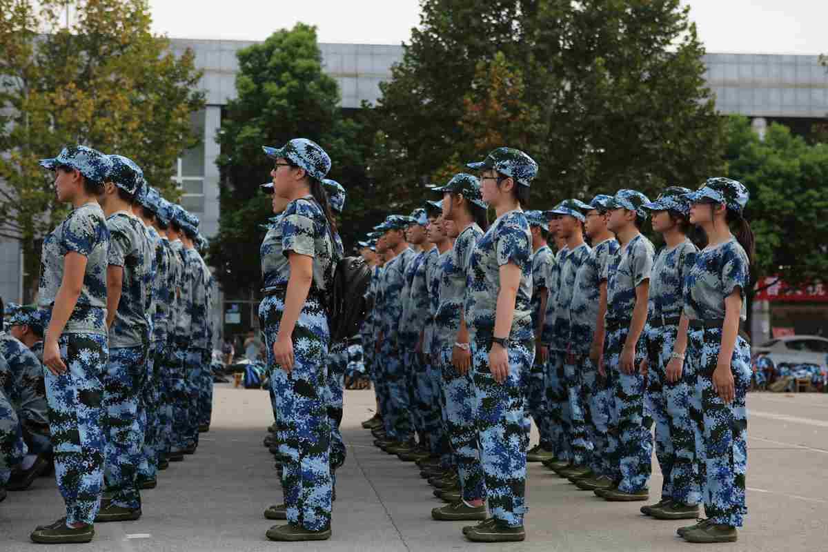 【军训季】我院16级新生军训教官见面会顺利举行